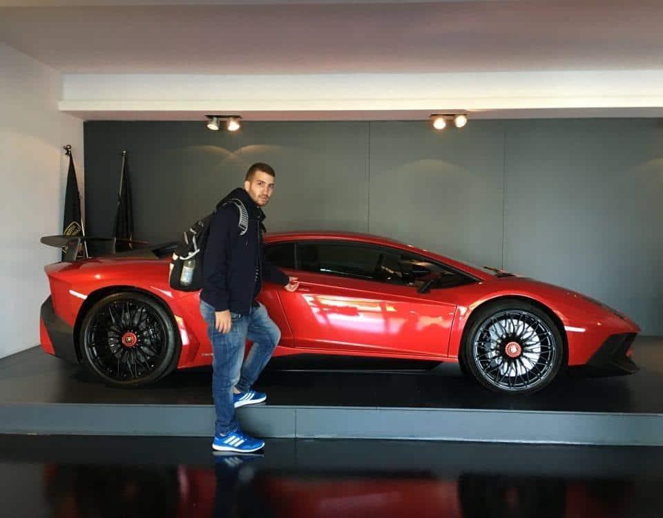 תערוכת רכבי ספורט איטליה