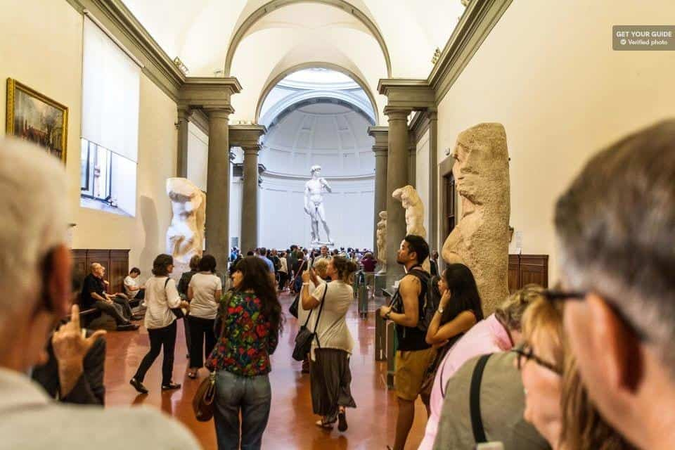 פסל דוד בפירנצה