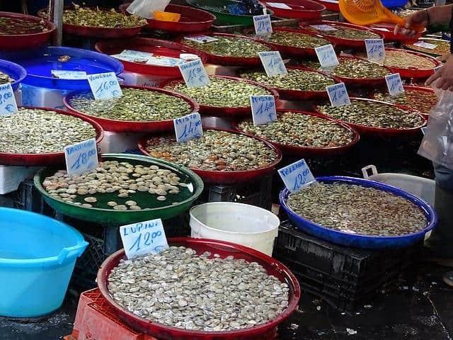 שוק בנאפולי