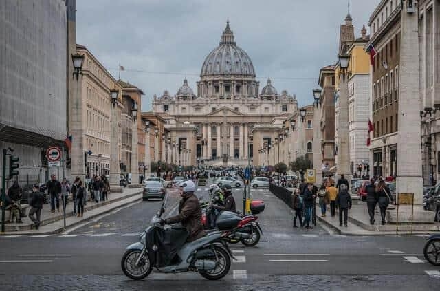אמצע שבוע ברומא